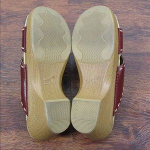 Dansko Shoes - Dansko Embroidered SlideOn Wedges 39
